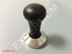 Темпер MOTTA (сталь) с дер. ручкой (черный) Ø57мм - фото 6643