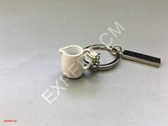 Брелок для ключей питчер белый маленький
