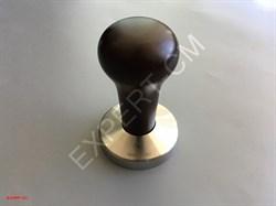 Темпер ESSENTIAL (сталь) с дер. ручкой (темно-коричневый) Ø58мм - фото 12719