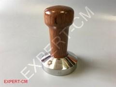 Темпер сталь с коричневой ручкой (дерево) Ø58мм EXPERT-CM